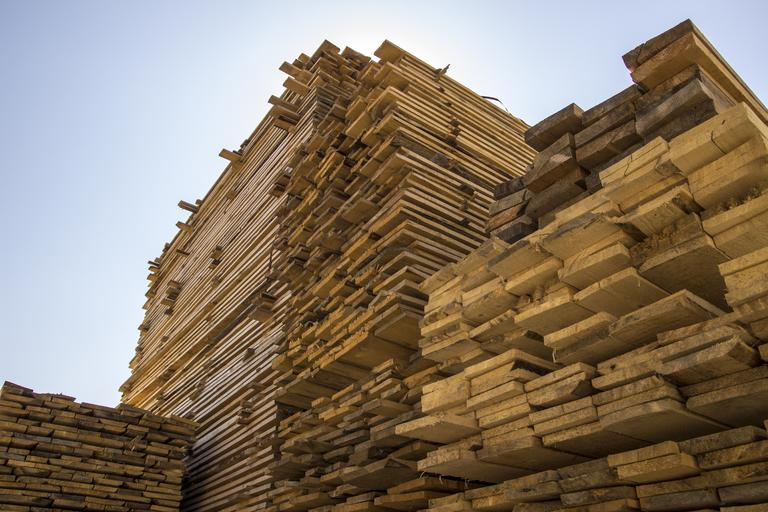 dřevěná prkna